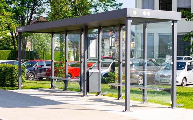 Kovinska oprema za avtobusno postajo